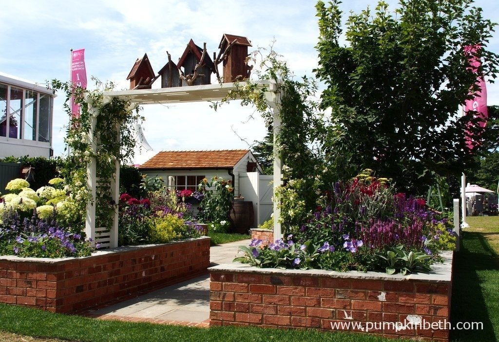 A Garden For Every Retiree, designed by Tracy Foster and sponsored by Just Retirement.