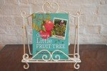 Book Review – Grow A Little Fruit Tree By Ann Ralph