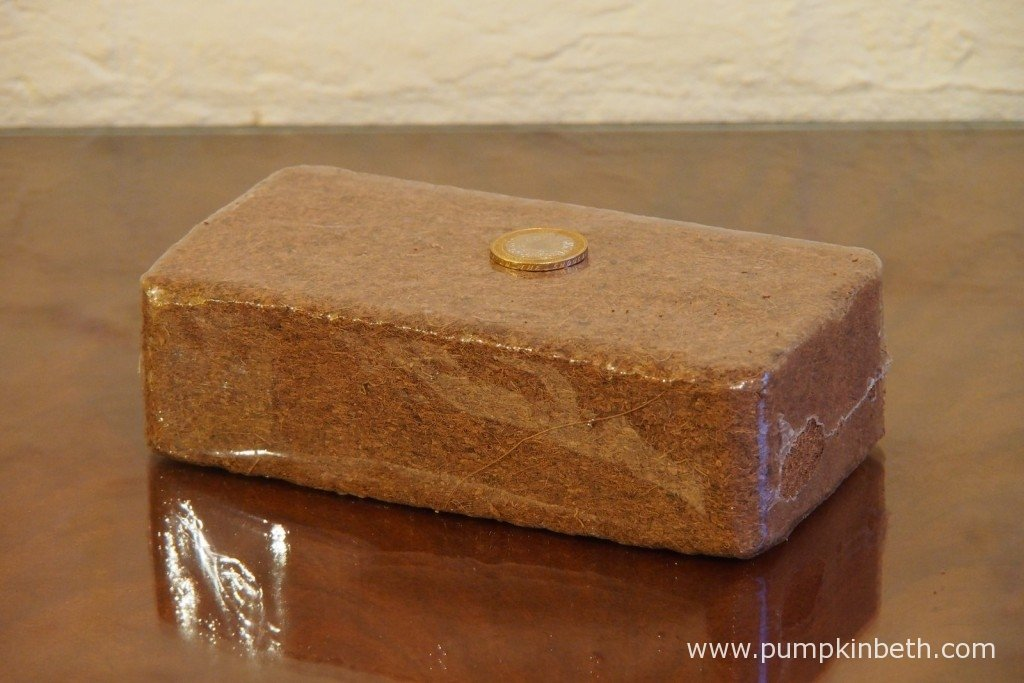 This BiOrbAir peat-free coir compost block comes as part of the package when you purchase a BiOrbAir terrarium, you can also purchase additional coir compost blocks on the BiOrbAir website.