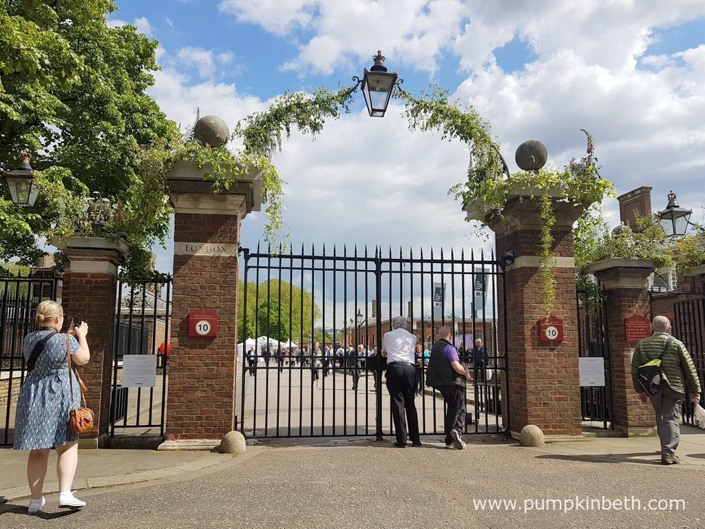 The London Road entrance was decorated to celebrate her majesty the Queen's 90th birthday, and to welcome visitors to The RHS Chelsea Flower Show 2016.
