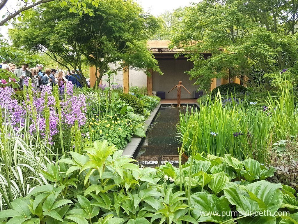 Chris beardshaw and the morgan stanley garden for great for Chelsea flower show garden designs