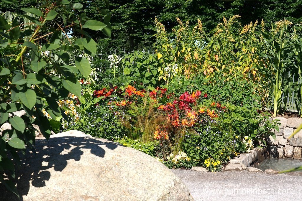 The Journey Latin America's Inca Garden was designed by Jennifer Jones. This World Show Garden featured colourful, exotic flowers, interesting foliage plants and traditional Inca food crops.