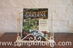 Book Review – Straw Bale Gardens Complete