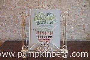 Book Review – The One-pot Gourmet Gardener