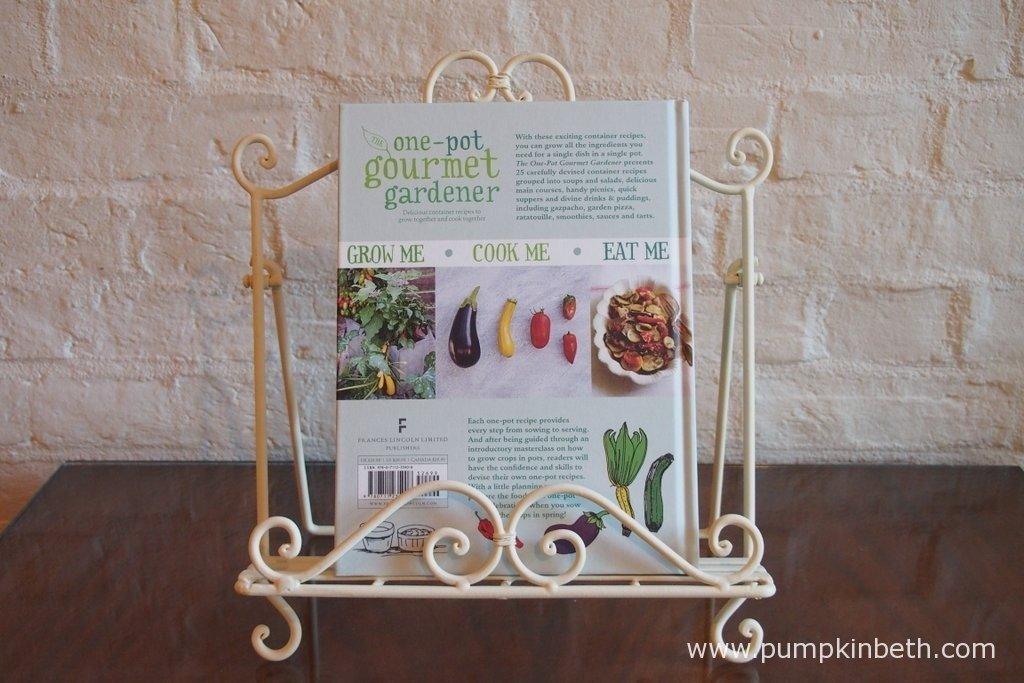 The One-pot Gourmet Gardener by Cinead McTernan.