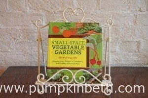 Book Review – Small-Space Vegetable Gardens by Andrea Bellamy