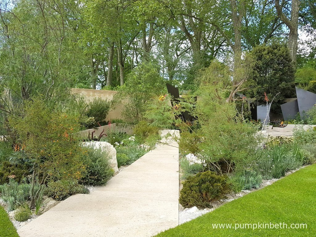 The Telegraph Garden featured smooth limestone paths, a bridge and an island, all made of smooth limestone. Natural limestone boulders also featured in The Telegraph Garden, which was designed by Andy Sturgeon for The RHS Chelsea Flower Show 2016.