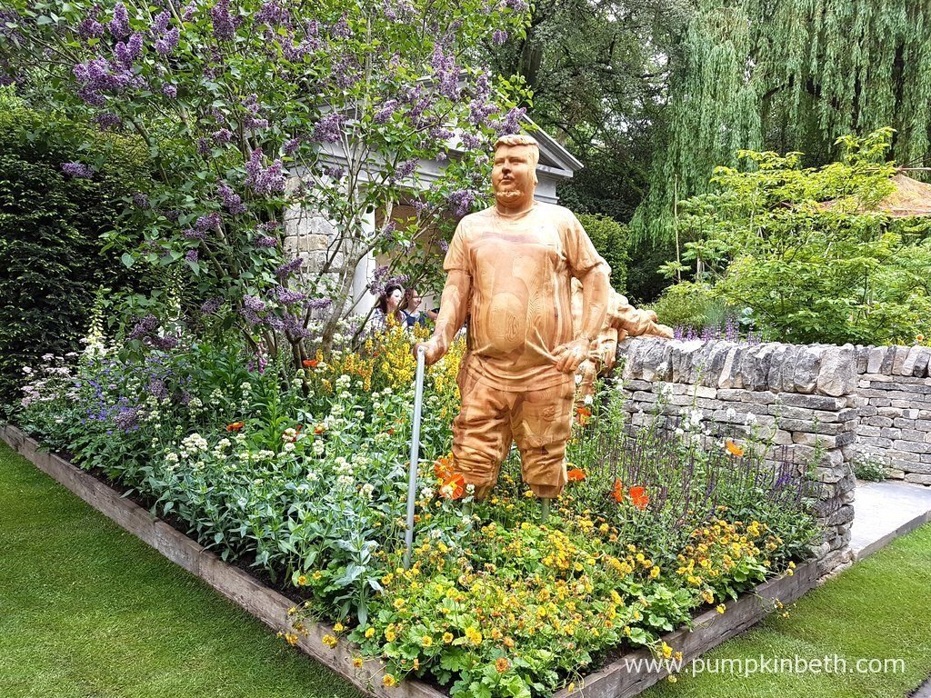 The Meningitis Now Futures Garden celebrates 30 years of the charity Meningitis Now, the garden is inspired by the spirit, energy and positivity of the young people whose lives have been changed by Meningitis. The sculptures of figures in the garden represent real people who have been affected by meningitis - the figures include depictions of a sufferer who lost his life, as well as those who have had their life changed by meningitis.