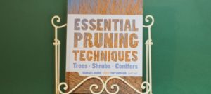 Book Review – Essential Pruning Techniques